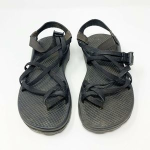 Chacos ZX2 Black Classic Strap Hiking Sandals